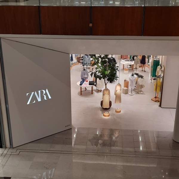 Zara Clothing Shop The Dubai Mall 3 Mohammed Bin Rashid Boulevard Dubai 2gis