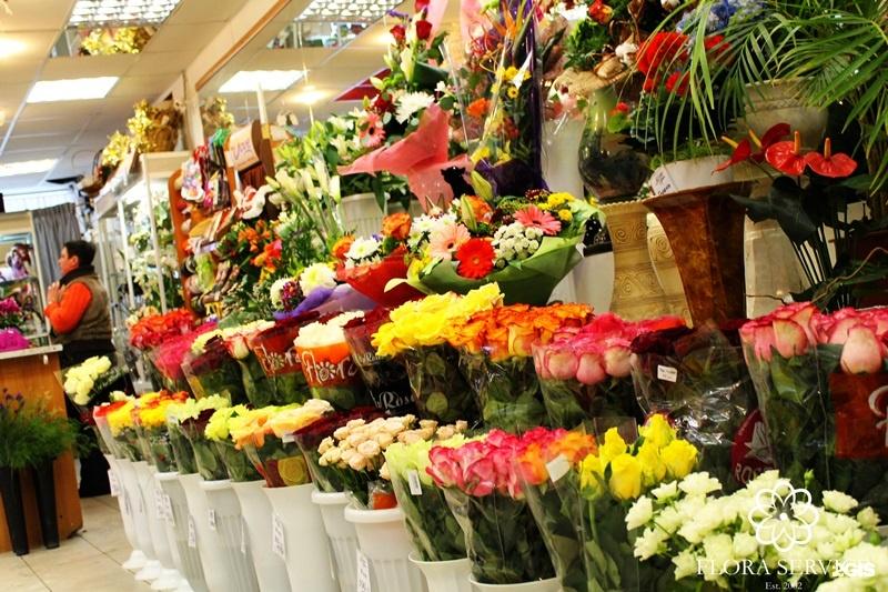 Цветы оптом на пражской, цветы