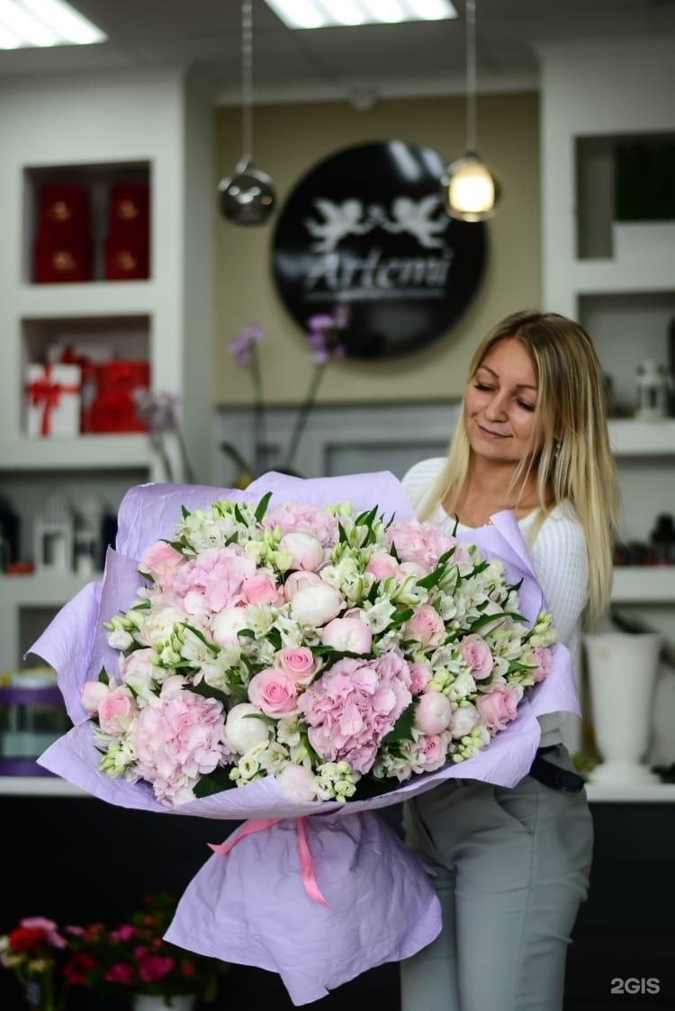Оптовые цены, доставка цветов и подарков в набережные челны